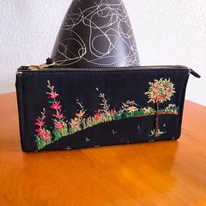 Vintage 1940s Wallet Clutch Embroidered Purse 40s